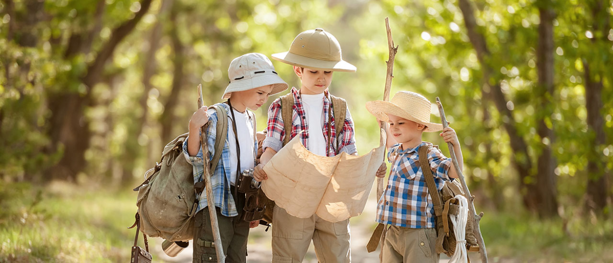10 Safe and Interesting Outdoor Activities For Kids-